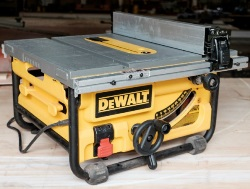 Compact Table Saw